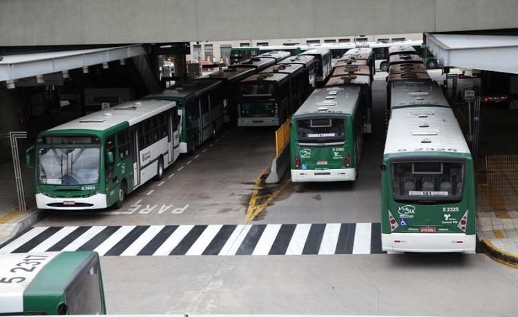 Justiça barra abertura de envelopes da licitação dos ônibus