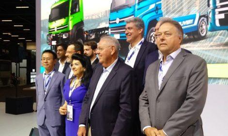 Volks Caminhões e Ônibus anuncia e-Consórcio com participação da Eletra